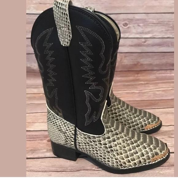 e6c55303a9b Laredo kids 11 D snakeskin printed slip on boots